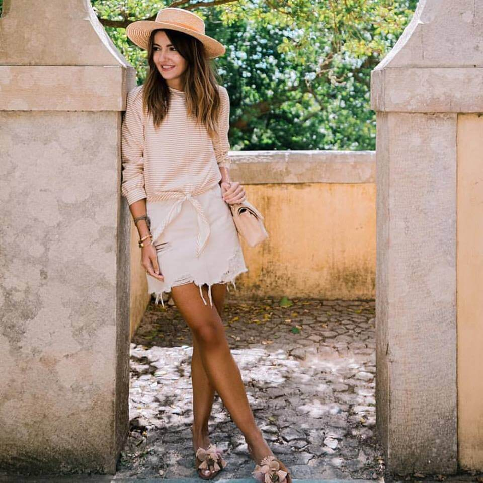 LOVELY PEPA, ALEXANDRA PEREIRA WEARING OUR SLIDES